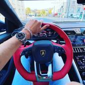 When the weather is nice, I have to take out the Lambo Urus with Théo to enjoy the air conditioning 😂 good weekend to all of you my friends, I can't wait to show you some new things next weekend  - #urus #lamborghini #caen #mindset #art #babolex #artistlife #milionnaire #street #lamborghiniurus #curator #galery #vincentfaudemer #normandy #sun